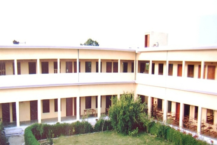 https://cache.careers360.mobi/media/colleges/social-media/media-gallery/21926/2018/10/22/College View of Vardhman Teacher Training College Dholpur_Campus View.jpg