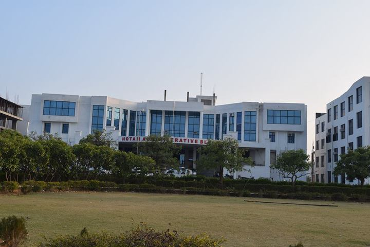 https://cache.careers360.mobi/media/colleges/social-media/media-gallery/22013/2018/12/20/Campus View of NIMS Nursing College, Jaipur_Campus View.jpg