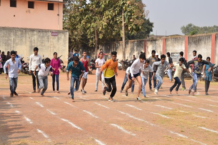 https://cache.careers360.mobi/media/colleges/social-media/media-gallery/22052/2019/6/10/Sports of Vivekanand Mahavidyalaya Raipur_Sports.jpg