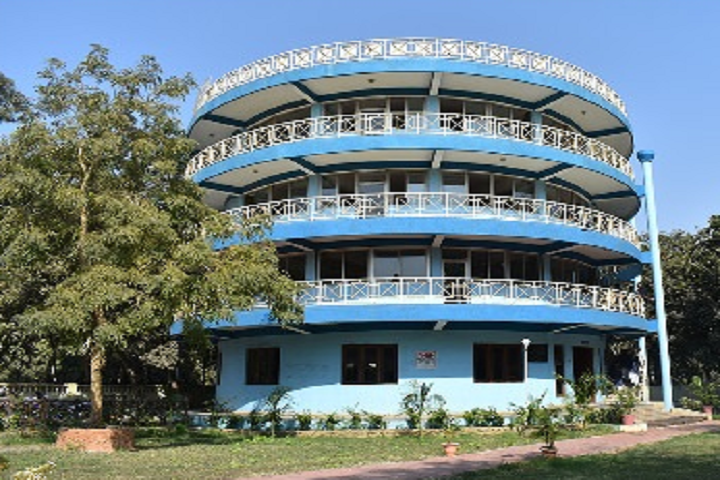 https://cache.careers360.mobi/media/colleges/social-media/media-gallery/22054/2020/3/3/Campus View Of St Vincent Pallotti College Raipur_Campus-View.png
