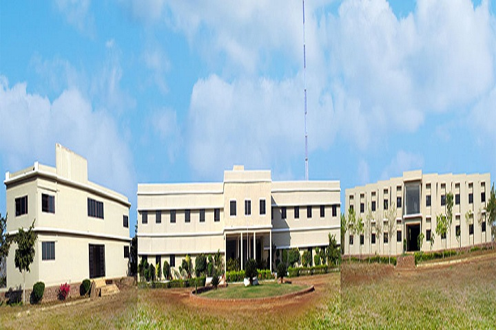 https://cache.careers360.mobi/media/colleges/social-media/media-gallery/22118/2018/12/6/Campus View Of IBT College of Diploma Engineering Durg_Campus View.jpg