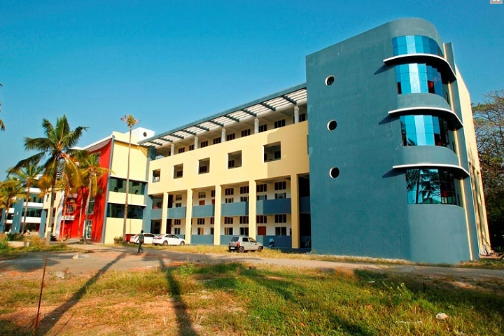 https://cache.careers360.mobi/media/colleges/social-media/media-gallery/2212/2019/3/12/Campus View of Bishop Jerome School of Architecture and Design Kollam_Campus-View_1.png