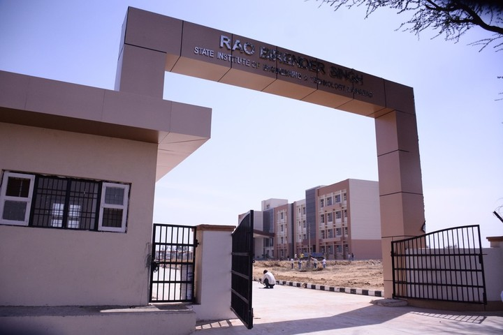 https://cache.careers360.mobi/media/colleges/social-media/media-gallery/22154/2018/12/8/Entrance Gate of Rao Birender Singh State Institute of Engineering and Technology Rewari_Campus-View.jpg