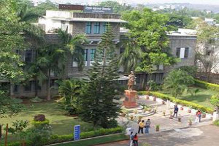 https://cache.careers360.mobi/media/colleges/social-media/media-gallery/22191/2018/12/6/Campus view of Lokmanya Tilak Law College, Tilak Maharashtra Vidyapeeth Pune_Campus-view.jpg
