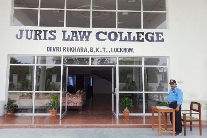 https://cache.careers360.mobi/media/colleges/social-media/media-gallery/22238/2018/12/4/Entrance of Juris Law College Lucknow_Campus-view.jpg