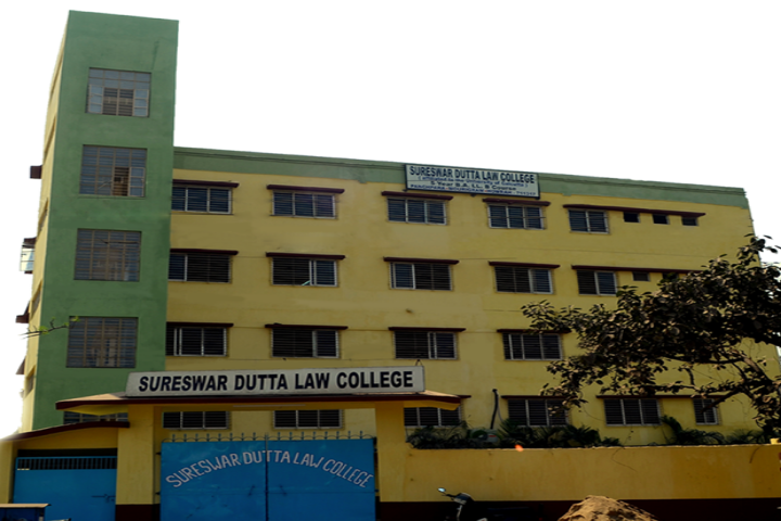 https://cache.careers360.mobi/media/colleges/social-media/media-gallery/22267/2018/12/5/Campus view of Sureswar Dutta Law College Howrah_Campus-view.png