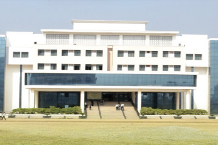 https://cache.careers360.mobi/media/colleges/social-media/media-gallery/22286/2018/12/20/Campus View Of Teerthanker Mahaveer College of Computing Sciences Moradabad_Campus View.png