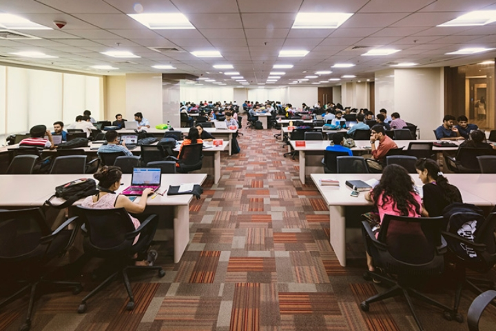 https://cache.careers360.mobi/media/colleges/social-media/media-gallery/22299/2018/8/8/School-of-Business-Management-SVKMs-Narsee-Monjee-Institute-of-Management-Studies-Mumbai-campus3.jpg