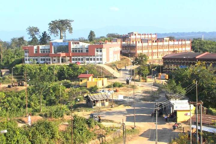 https://cache.careers360.mobi/media/colleges/social-media/media-gallery/22315/2019/1/3/Campus View of Abanindranath Tagore School of Creative Arts and Communication Studies Silchar_Campus-View.jpg