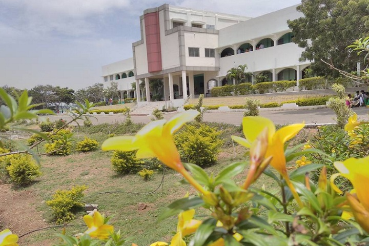 https://cache.careers360.mobi/media/colleges/social-media/media-gallery/22441/2020/2/26/Campus view of Angappa College of Arts and Science Coimbatore_Campus-view.jpg