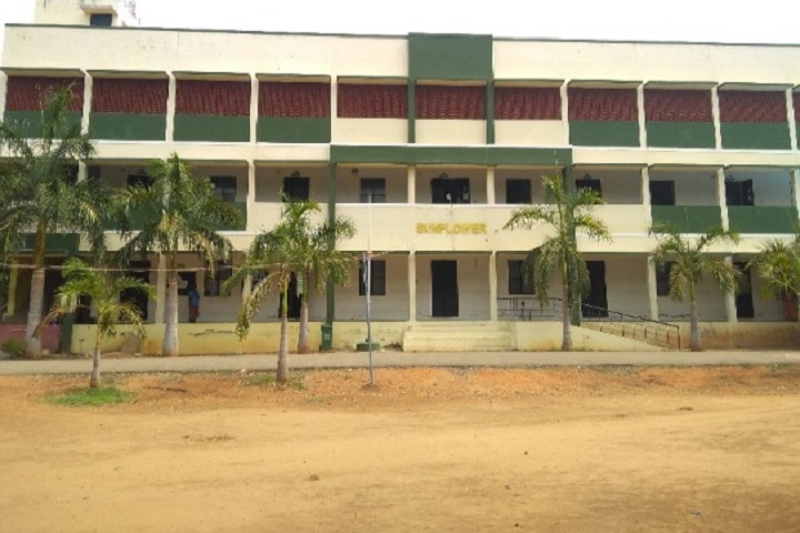 https://cache.careers360.mobi/media/colleges/social-media/media-gallery/22453/2020/2/20/Campus View of Mangayarkarasi College of Arts and Science for Women Madurai_Campus-View.jpg