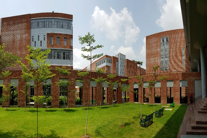 https://cache.careers360.mobi/media/colleges/social-media/media-gallery/2247/2020/12/10/Campus view of CGC Institute of Architecture Gharuan_Campus-View.jpg