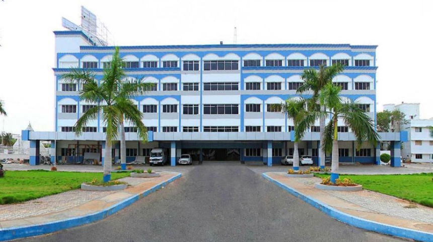 https://cache.careers360.mobi/media/colleges/social-media/media-gallery/22497/2018/12/20/Campus View of Vivekanandha College of Nursing, Tiruchengode_Campus View.jpg