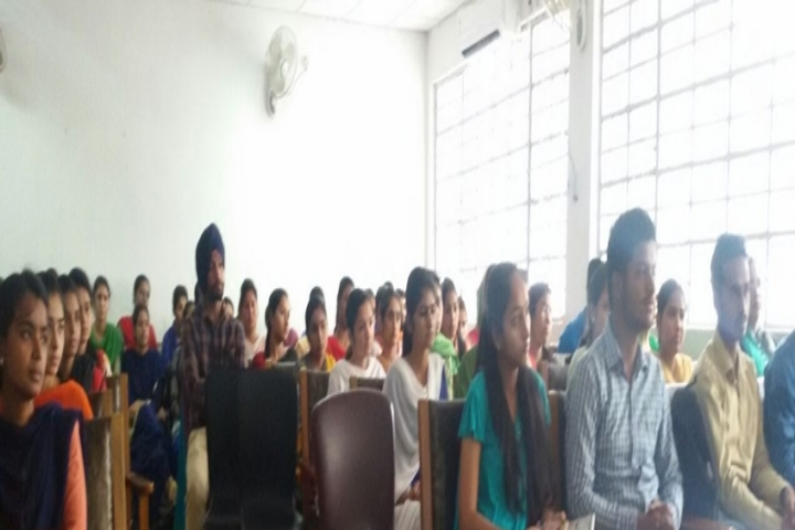 https://cache.careers360.mobi/media/colleges/social-media/media-gallery/22568/2018/12/27/Meeting of Government Shivalik College Naya Nangal_Others.jpg