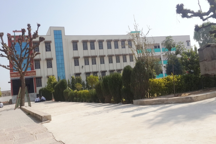https://cache.careers360.mobi/media/colleges/social-media/media-gallery/22581/2018/9/28/College Building of Sambal College of Education Sikar_Campus-View.jpg