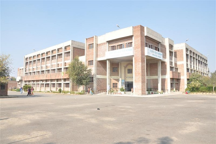 https://cache.careers360.mobi/media/colleges/social-media/media-gallery/22628/2019/6/15/Campus View of Ch Mani Ram Godara Government College for Women Bhodia Khera_Campus-View.jpg