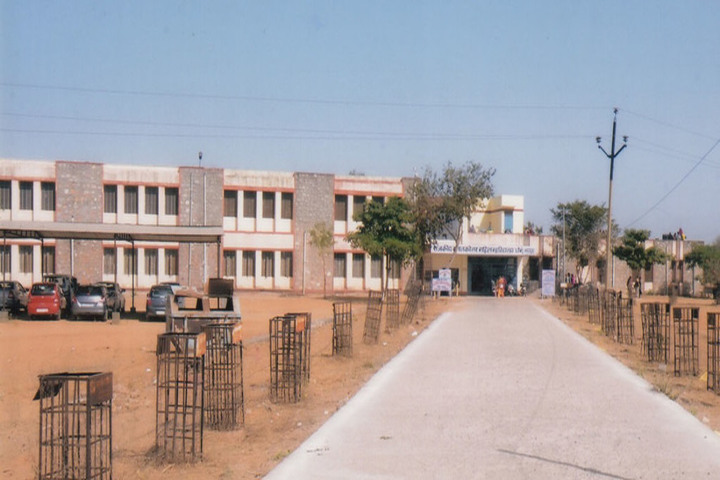 https://cache.careers360.mobi/media/colleges/social-media/media-gallery/22656/2018/11/24/Campus view of Government Girls College Chomu_Campus-view.jpg