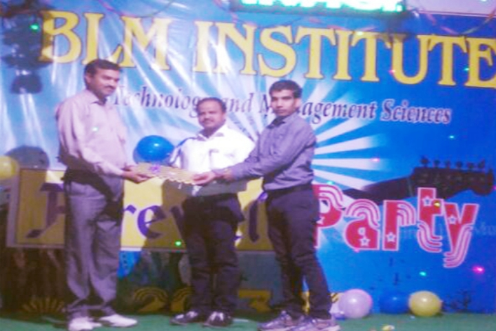 https://cache.careers360.mobi/media/colleges/social-media/media-gallery/2273/2018/10/3/Prize distribution Event of BLM Institute of Technology and Management Sciences Jhunjhunu_Event.jpg