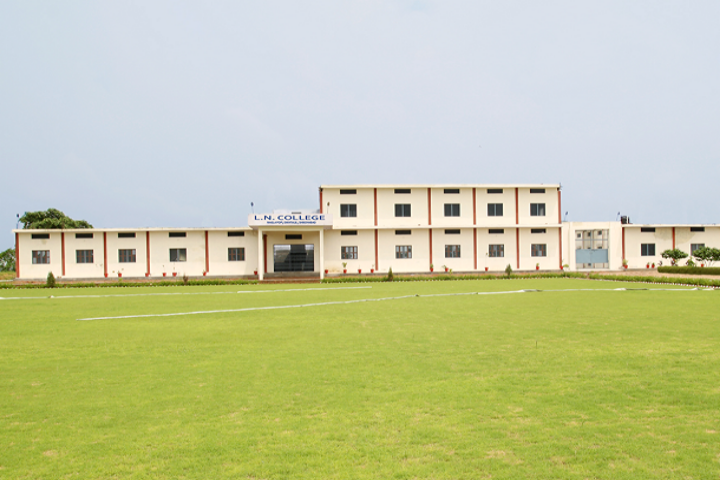 https://cache.careers360.mobi/media/colleges/social-media/media-gallery/22897/2019/1/2/Campus View of LN College Shikohabad_Campus-View.png