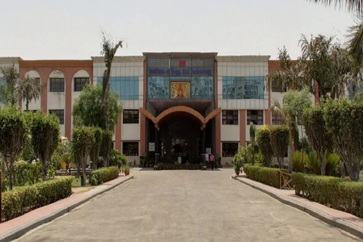 https://cache.careers360.mobi/media/colleges/social-media/media-gallery/2294/2018/12/12/Campusview of BM Institute of Engineering and Technology Sonepat_Campus-View.png