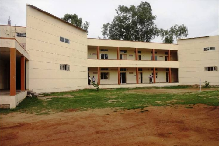 https://cache.careers360.mobi/media/colleges/social-media/media-gallery/22956/2020/3/12/Campus View of Government First Grade College for Women Hunsur_Campus-View.jpg