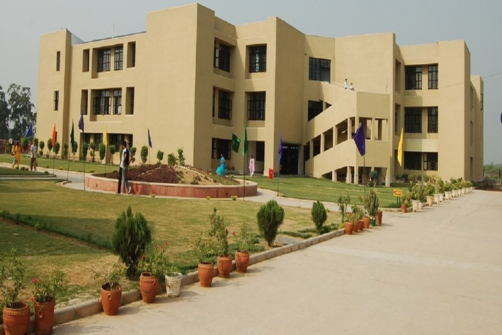 https://cache.careers360.mobi/media/colleges/social-media/media-gallery/2297/2018/10/15/Campus View of Sat Priya School of Architecture and Design Rohtak_Campus-View.jpg