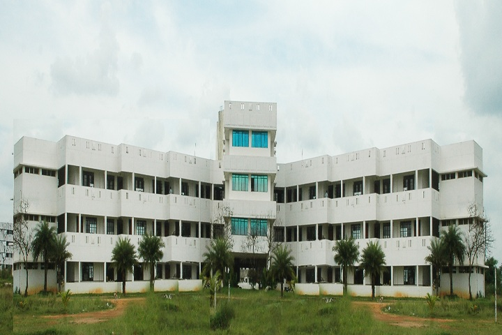 https://cache.careers360.mobi/media/colleges/social-media/media-gallery/23039/2020/7/3/Campus view of Mass College of Education Kumbakonam_Campus-View.jpg