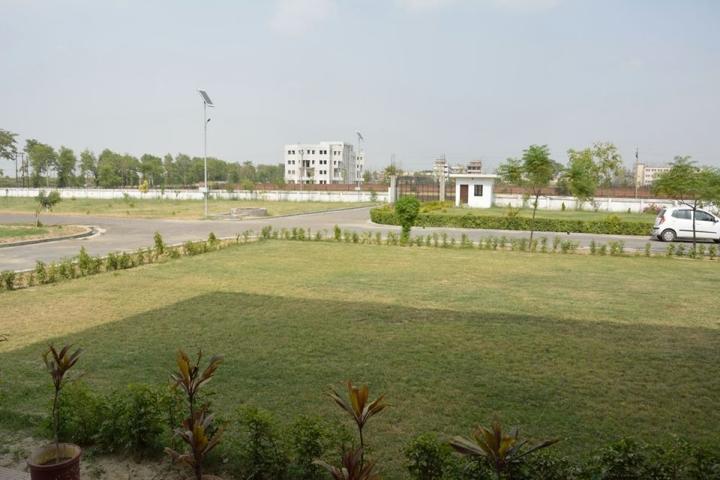 https://cache.careers360.mobi/media/colleges/social-media/media-gallery/23087/2018/5/7/Purvanchal-Institute-of-Architecture-and-Design-Gorakhpur-campus.jpg