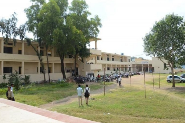 https://cache.careers360.mobi/media/colleges/social-media/media-gallery/23193/2020/3/12/Inner view of Indira Gandhi College New Nanded_Campus-view.jpg