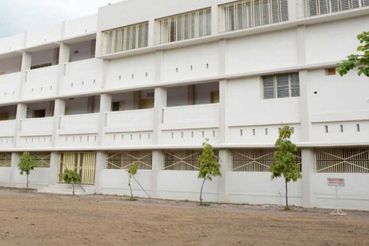 https://cache.careers360.mobi/media/colleges/social-media/media-gallery/23209/2020/7/15/Campus View of Krishak Education Societys Arts Commerce and Science College Arvi_Campus-View.jpg