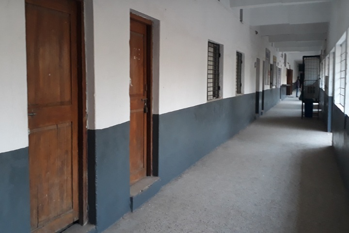 https://cache.careers360.mobi/media/colleges/social-media/media-gallery/23214/2020/3/18/Inner view of Lok Mahavidyalaya Wardha_Campus-view.jpg