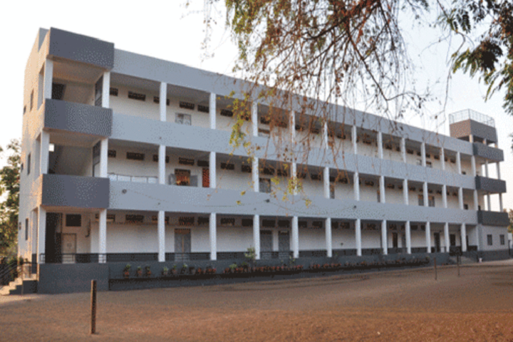 https://cache.careers360.mobi/media/colleges/social-media/media-gallery/23233/2018/10/16/Campus View of Modern Education Societys College of Education, Sangli_Campus-View.png