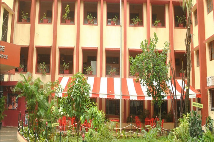 https://cache.careers360.mobi/media/colleges/social-media/media-gallery/23240/2019/6/18/Campus View of National Education Societys Ratnam College of Arts Science and Commerce Mumbai_Campus-View.jpg
