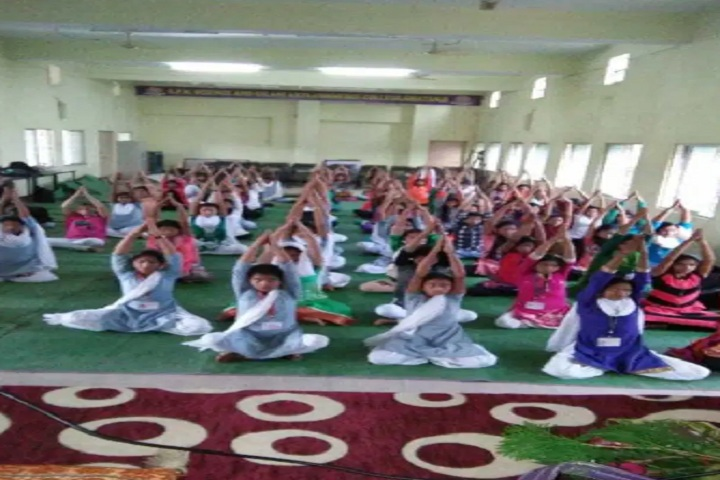 https://cache.careers360.mobi/media/colleges/social-media/media-gallery/23270/2020/3/10/Yoga of SPM Science and Gilani Arts Commerce College Ghatanji_Others.jpg