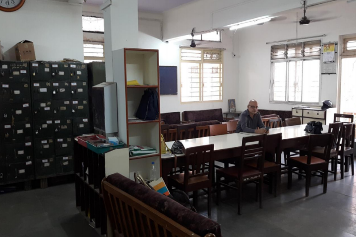 https://cache.careers360.mobi/media/colleges/social-media/media-gallery/23288/2021/3/10/Staff Room of Seva Sadans RK Talreja College of Arts Science and Commerce Ulhasnagar_Others.png