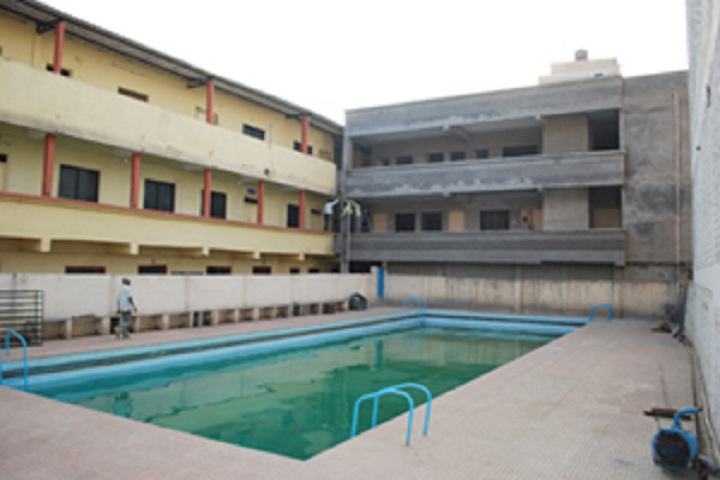 https://cache.careers360.mobi/media/colleges/social-media/media-gallery/23455/2018/10/10/College Adminitrative Building View of Sadguru Education Societys College of Physical Education Jalgaon_Campus View.jpg
