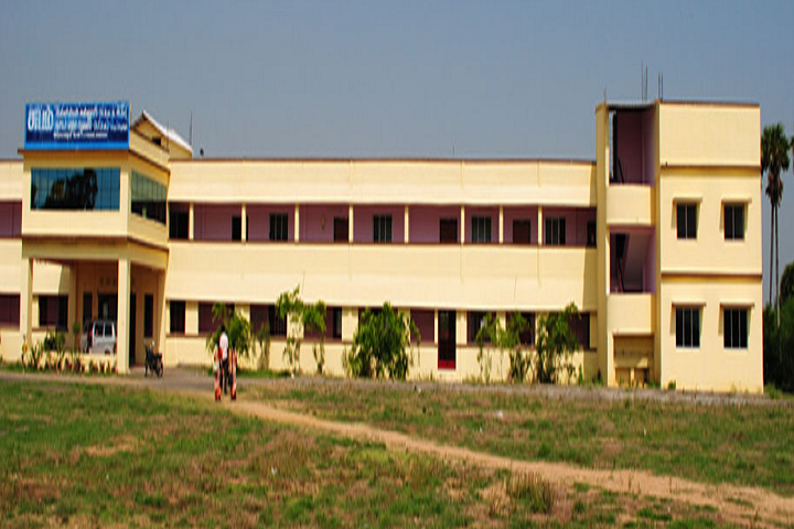 https://cache.careers360.mobi/media/colleges/social-media/media-gallery/23687/2018/10/11/Campusview of Subham College of Education, Madurantakam_Campus-View.png