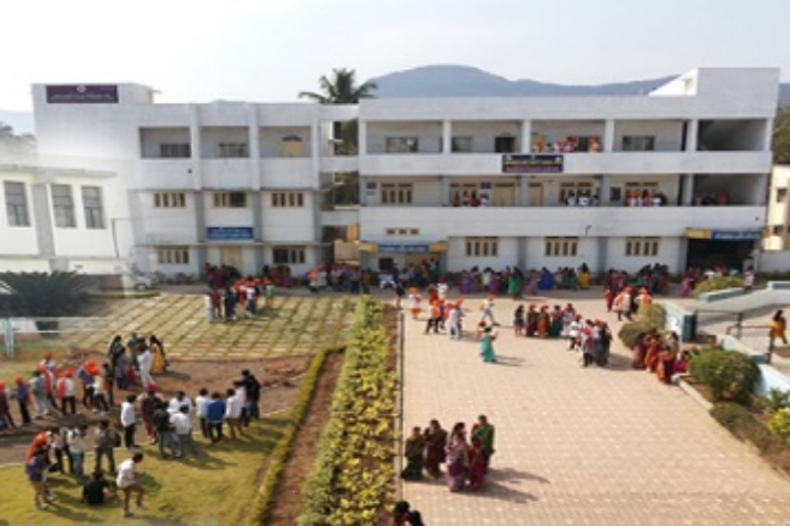 https://cache.careers360.mobi/media/colleges/social-media/media-gallery/23764/2018/12/27/College Building View of Dhananjayrao Gadgil College of Commerce Satara_Campus-View.jpg