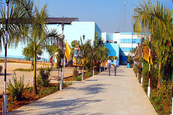 https://cache.careers360.mobi/media/colleges/social-media/media-gallery/2390/2018/10/15/Campus view of Institute of Technology and Management Maharajganj_Campus-View.jpg