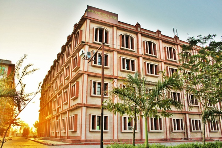 https://cache.careers360.mobi/media/colleges/social-media/media-gallery/2402/2018/9/18/Campus view of Sunder deep college of Architecture_Campus  view.jpg