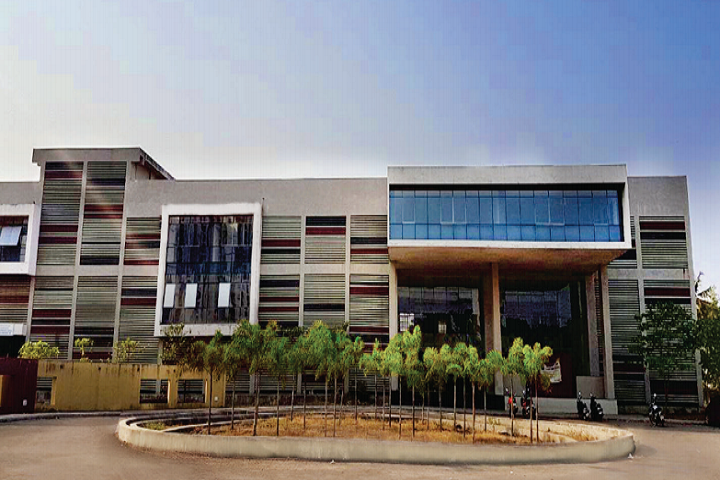 https://cache.careers360.mobi/media/colleges/social-media/media-gallery/24065/2019/6/22/Campus Front View of University of Mumbai Thane Sub Campus Thane_Campus-View.png