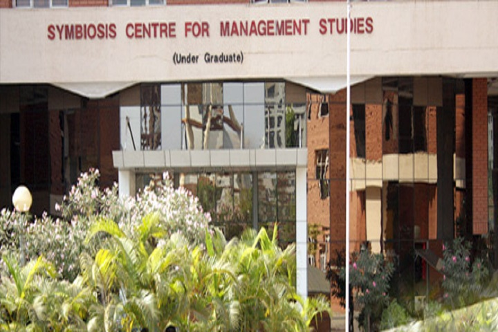 https://cache.careers360.mobi/media/colleges/social-media/media-gallery/2437/2018/10/5/Campus View of Symbiosis Centre for Management Studies Pune_Campus-View.jpg