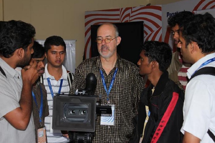 https://cache.careers360.mobi/media/colleges/social-media/media-gallery/24404/2019/1/24/Training of Chennai Film School Chennai_others.jpg