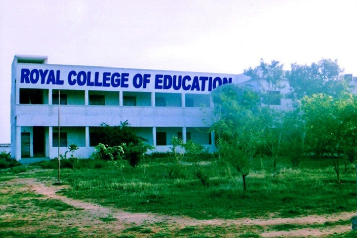 https://cache.careers360.mobi/media/colleges/social-media/media-gallery/24457/2019/6/26/Campus View of Royal College of Education Krishnagiri_Campus-View.jpg