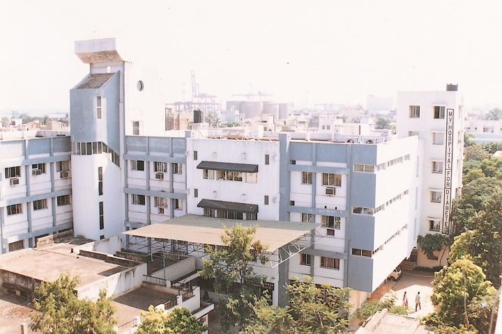 https://cache.careers360.mobi/media/colleges/social-media/media-gallery/24607/2019/1/24/Campus view of MV Hospital for Diabetes Chennai_Campus-view.jpg