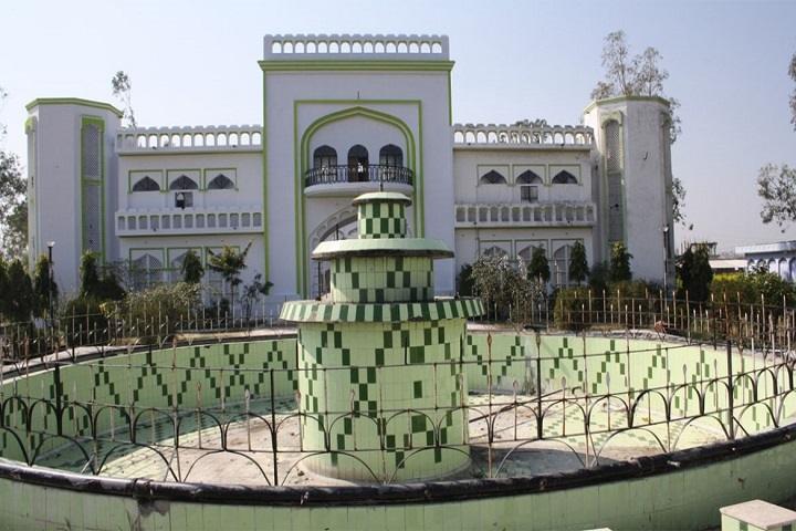 https://cache.careers360.mobi/media/colleges/social-media/media-gallery/25181/2019/1/24/College Building View of Dr Abdul Ali Tibbiya College and Hospital Lucknow_Campus-View.jpg