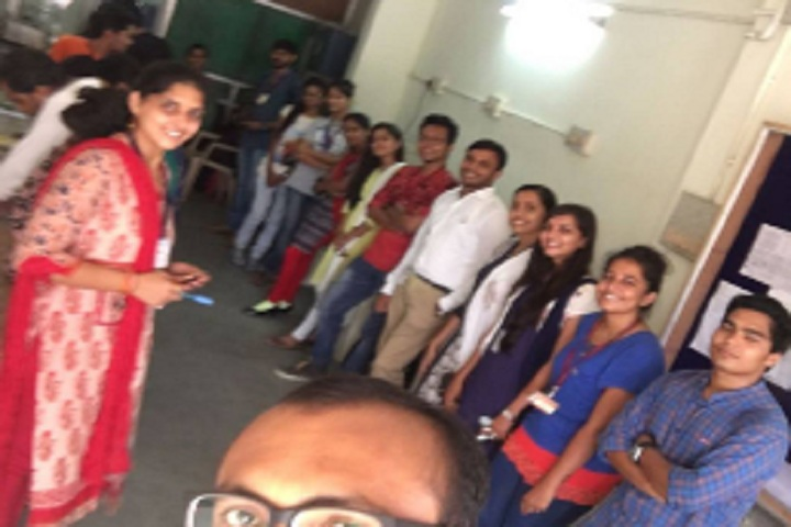 https://cache.careers360.mobi/media/colleges/social-media/media-gallery/25337/2020/3/18/Group Photo of Shree PM Patel Institute of Integrated M Sc in Biotechnology Anand_Others.jpg
