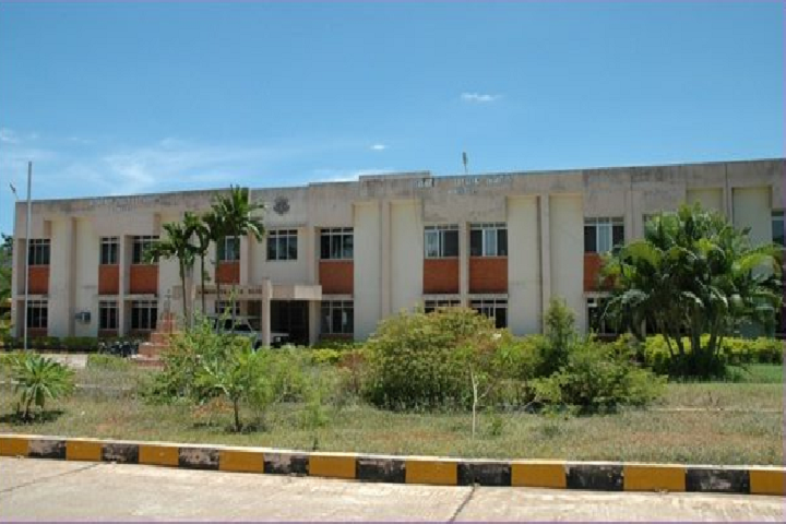 https://cache.careers360.mobi/media/colleges/social-media/media-gallery/25528/2019/9/20/Campus View of Womens Polytechnic College Puducherry_Campus-View.png