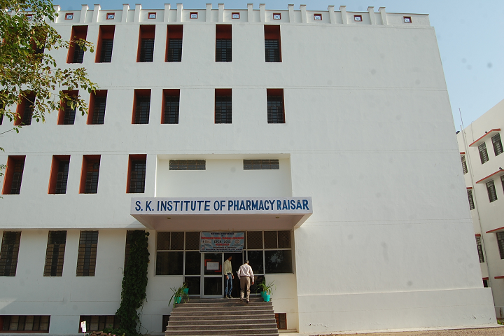 https://cache.careers360.mobi/media/colleges/social-media/media-gallery/25613/2019/9/21/Campus View of Swami Keshvanand Institute of Pharmacy Bikaner_Campus-View.png