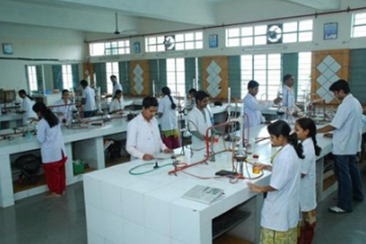 https://cache.careers360.mobi/media/colleges/social-media/media-gallery/25750/2019/11/22/Laboratory of A and E College of Pharmacy Samastipur_Laboratory.png